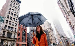 María Dueñas: «El caso Cifuentes es muy lamentable y estamos dando un ejemplo nefasto»