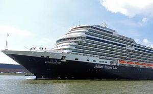 Atracan dos grandes cruceros en Cartagena con más de 6.000 pasajeros a bordo