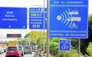 Tráfico 'cazó' a más de 180.000 conductores conduciendo por encima de los límites en la Región