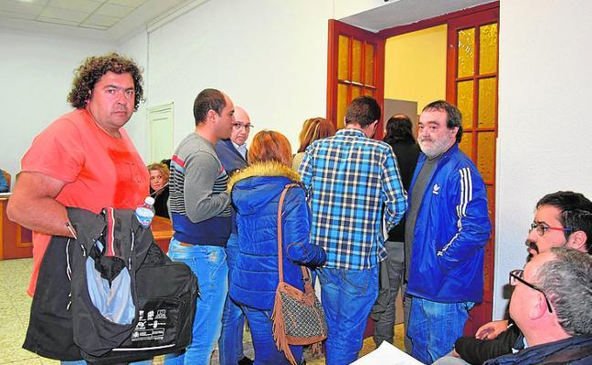 La oposición abandona el Pleno de Abarán al dejar el alcalde sobre la mesa dos enmiendas