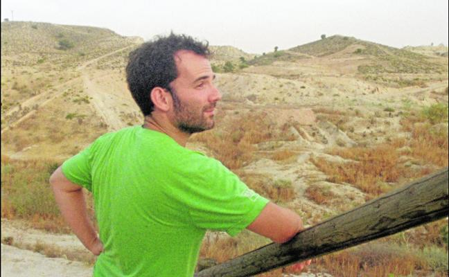 Luis López Carrasco: «Me encontré sin herramientas para entender el presente»
