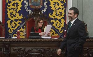 Castejón, sobre López: «A mí ya me faltó al respeto y lo que hice fue apartarle de mi gobierno»