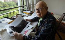 El fotógrafo de origen judío que esquivó la ocupación nazi pero no el veto de Facebook