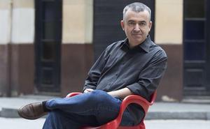 Lorenzo Silva: «Andamos despistados con trampantojos»