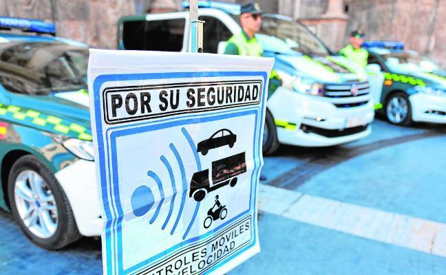 Tráfico aumentará un 15% los test de drogas, alcohol y velocidad con las patrullas integrales