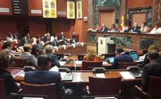La Asamblea condena las declaraciones machistas del exalcalde López