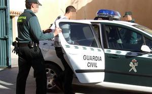 Tres detenidos en Cehegín por robar en vehículos