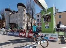 Luis León se lleva la etapa en el Tour de los Alpes