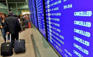 Los controladores del Centro de Control de Barcelona amenazan con ir a la huelga este verano