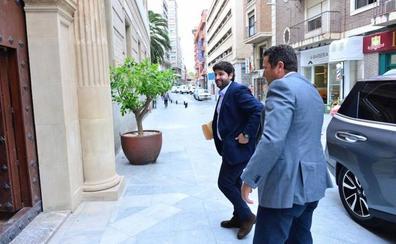 López Miras remodela hoy su Gobierno con al menos tres nuevos consejeros