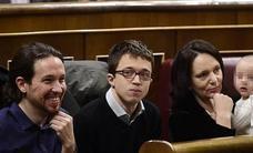 Bescansa pasa del cielo al infierno en Podemos
