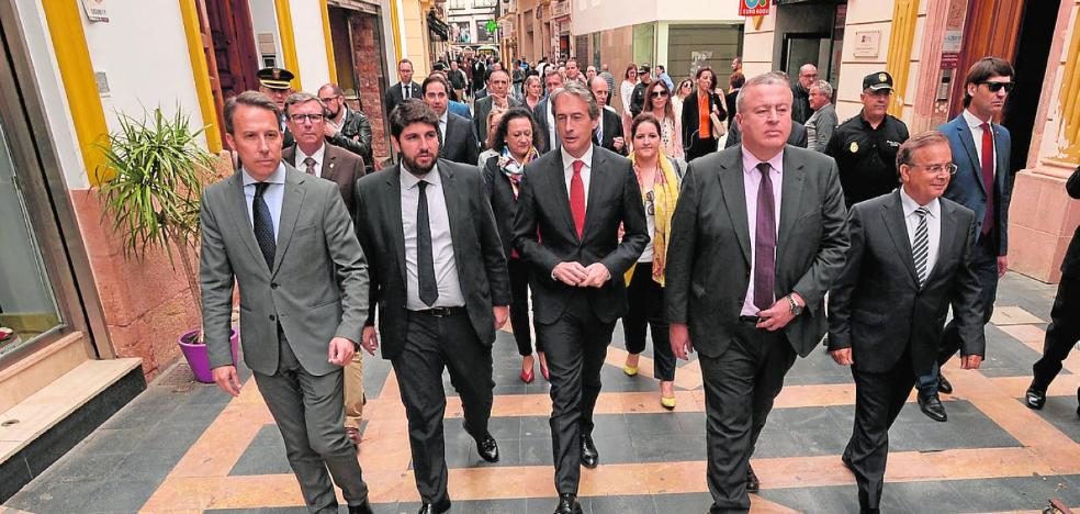 El ministro lanza el órdago