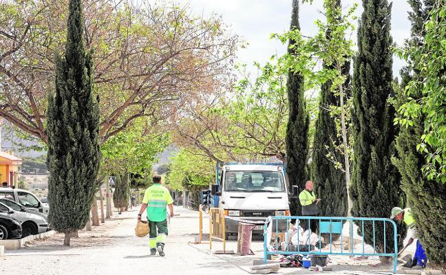 La oposición municipal bloquea las obras en los barrios con el superávit del año pasado