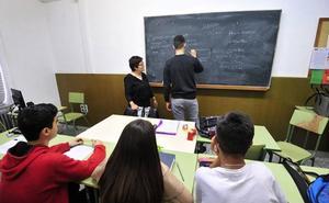 Comisiones Obreras impugna los recortes educativos de la Comunidad