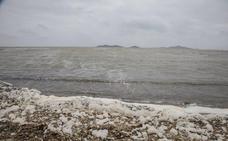 El Gobierno vincula la inversión en el Mar Menor a un estudio ambiental