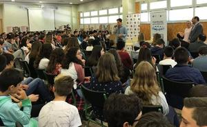 Xuso Jones y Blas Cantó actúan en Murcia en el primer concierto contra el acoso escolar
