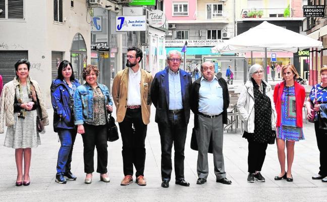 Asociaciones vecinales promueven el nuevo colectivo 'Murcia descansa'