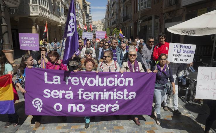 Medio millar de manifestantes en Cartagena