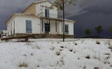 Nieve y granizo en un día de frío en Lorca