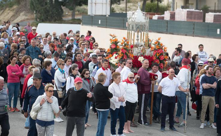 Arcabuces para la cruz en la romería hasta Mahoya