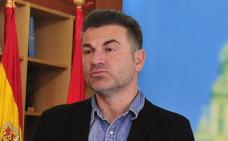 La Asamblea respalda la unión del puerto y Baleares por ferri