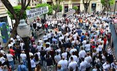 Unos 270 bares de Murcia echan el 'Persianazo' contra la nueva normativa antirruido