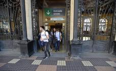 El retraso de un tren entre Murcia y Cartagena deja tirados a decenas de pasajeros