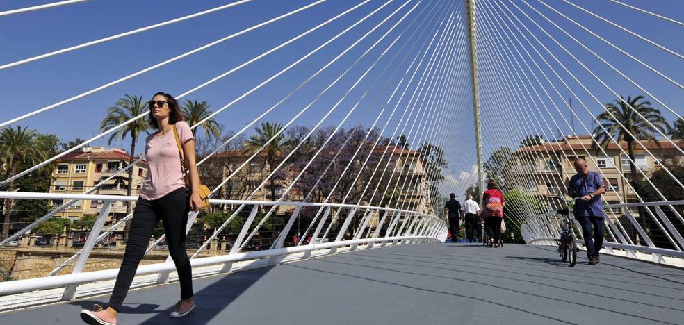 La pasarela Jorge Manrique estrena suelo antideslizante
