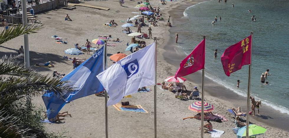 El Mar Menor afronta su segundo año sin banderas azules por la turbidez