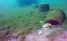 Un robot submarino detecta 200 residuos en una zona de El Espalmador, sobre todo latas y plásticos