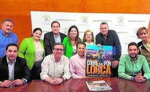 La octava edición de la prueba solidaria 'Corre por Lorca' reúne este domingo a más de 600 participantes