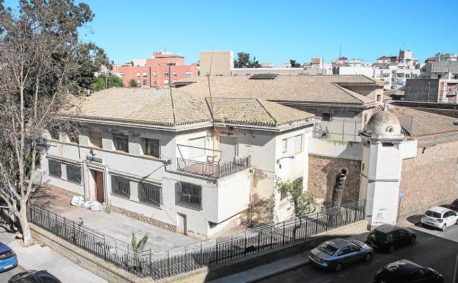Ofensiva municipal contra el derribo parcial de la cárcel de San Antón
