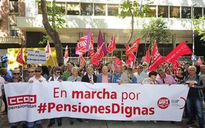 Un centenar de pensionistas reclama en Murcia un nuevo sistema «justo y equilibrado»