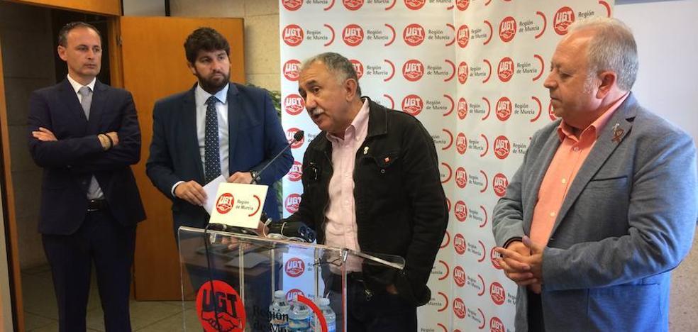Pepe Álvarez insta a generar industria y turismo de calidad en la Región para crear «mejor empleo»
