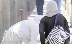 Arrestado un marroquí por agredir a una compatriota, vecina de Lorca, y obligarla a llevar velo