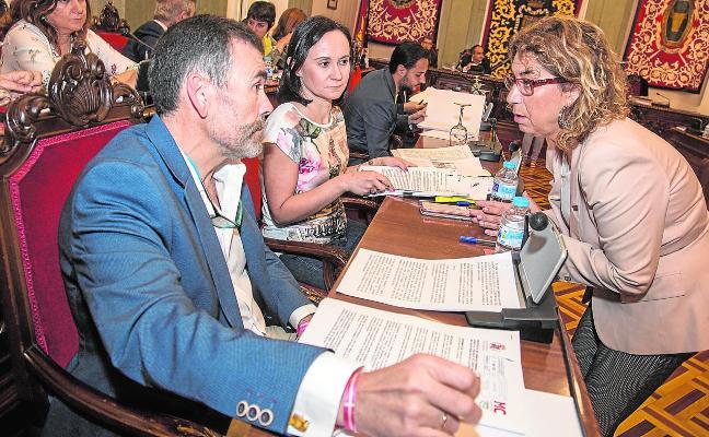 Castejón aprueba sus presupuestos con inversiones de MC y recortes en Personal