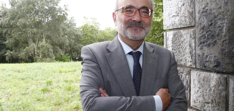 Benigno Pendás: «En España tenemos una muy buena sociedad y funciona la democracia»