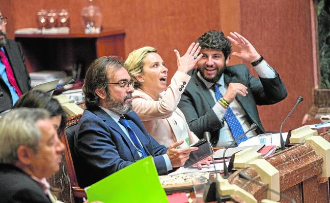 Cachá esquiva la reprobación en la Asamblea por la polémica de las charlas de sexualidad