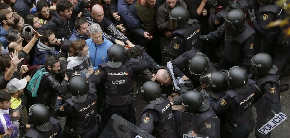 Detenido en Tarragona el agresor de un policia el 1-O