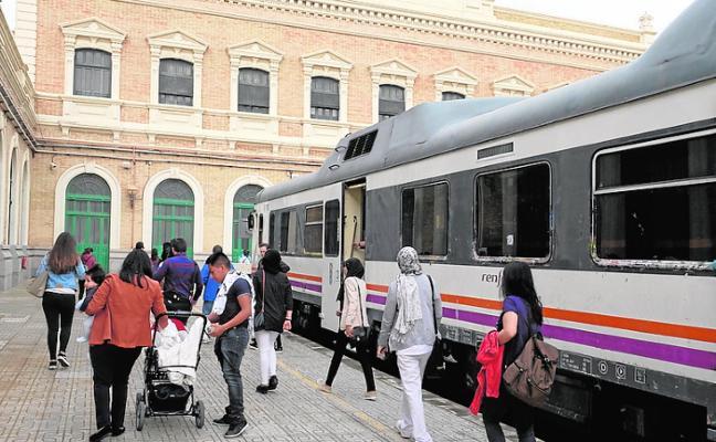 La línea regional de tren queda fuera de las mejoras entre Murcia y Lorca