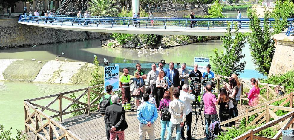 Organizan una limpieza del río entre La Contraparada y La Fica con voluntarios