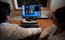 Los hospitales derivaron durante años pruebas sin ajustarse al reparto previsto en los contratos