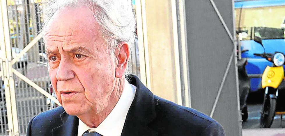 La juez sigue la pista del dinero de 'M. Paraguas'