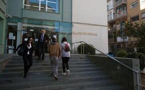 Los abogados protestan por el estado de la Justicia