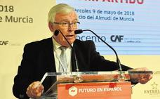 El CES aprueba el nombramiento como presidente del exrector Cobacho