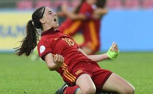 La yeclana Eva Navarro corona a la selección femenina de fútbol sub-17
