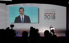 El rey pide a los rectores «reformar y actualizar» las universidades