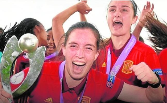 Eva Navarro: «Mi segundo gol fue espectacular, nunca lo olvidaré porque nos aseguró el título»