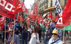 Más de 400 policías locales murcianos reclaman en Madrid la jubilación anticipada