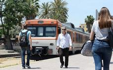 Ballesta apoya el servicio de Cercanías y Podemos pide su blindaje ante el AVE